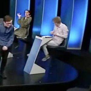 (Видео) Изгуби на квиз и го демолира студиото