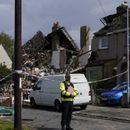 Во експлозија  на гас во Англија, едно дете загина, повеќе куќи се уништени
