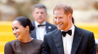Принцот Хари се дружи со богаташи