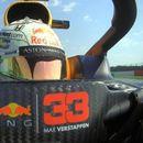 Верстапен победник на јубилејната трка во Формула 1