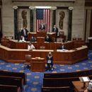 Демократите во Конгресот предупредуваат на опасноста што ја претставува Трамп, дел од републиканците стравуваат за животот