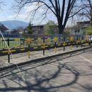Заштитни столпчиња и огради за поголема безбедност на пешаците во Лисиче