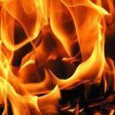Во пожар во куќа во Скопје, повредени двe лица