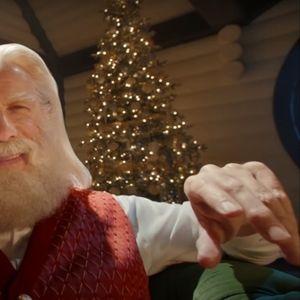 Џон Траволта и Семјуел Л. Џексон во божиќна реклама за Capital One