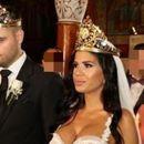 Српскиот пејач откри зошто се скарал со сопругата на денот на свадбата: Морав да попуштам