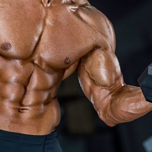 Сакате силни и големи мускули: Задолжителна вежба за тренирање на бицепсите