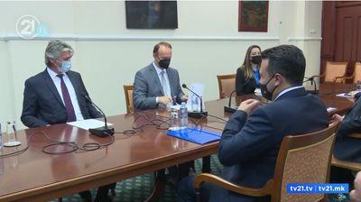 Заев, Села и Гаши седнаа на маса – оптимизам за Законот за државјанство