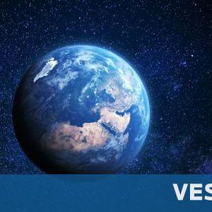 """Защо на Земята има живот, а на """"близнака"""" ѝ няма"""