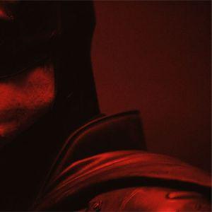 Откриен костумот на Batman