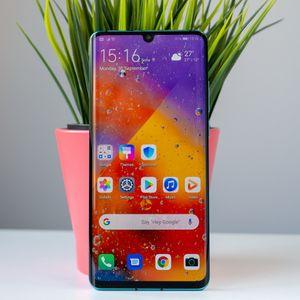 Huawei P40 Pro може да предложи 120Hz дисплей и батерия с графен