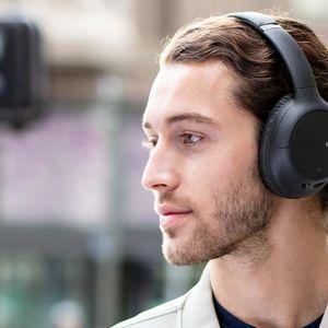 Нови по-достъпни безжични слушалки с ANC от Sony