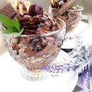 Чоколаден десерт со вишни и ликер