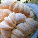 Меки лиснати кифли (со мармалад)