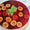Торта со цреши и банани