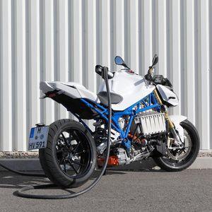 E-Power Roadster концептот на BMW е можеби токму она што недостасува