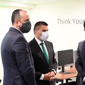 Вицепремиерите Битиќи и Николовски и министерот Бектеши во работна посета во Солун