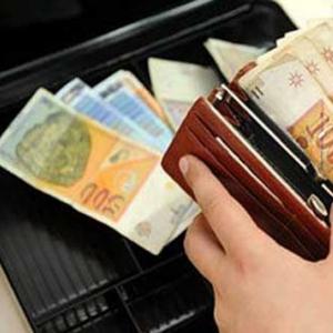 Просечната плата за само два месеца намалена за 1.600 денари