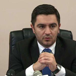 (Во живо) Прес конференција на министерот Крешник Бектеши