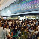 По налет на тајфун околу 17.000 луѓе блокирани на аеродромот Токио – Нарита
