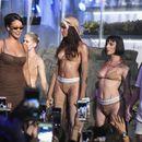 Од поп-ѕвезда до топ-дизајнерка: Ријана на Модната недела во Њујорк