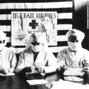 Како Шпанскиот грип во 1918 го направи носењето маски задолжително во делови на САД