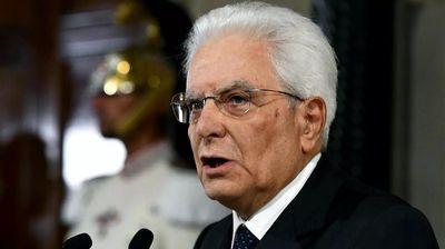 Матaрeла ги почнува консултациите за формирање нова италијанска Влада