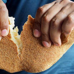 Арапски леб од гриз: толку ќе ви се допадне, што постојано ќе го правите