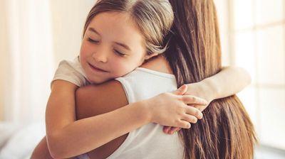На кој начин мајката секогаш знае дека имате некој проблем и без да и го кажете?