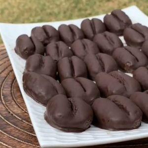 Многу вкусни колачи со облик на кафе, а толку лесно се прават – ПОСНО