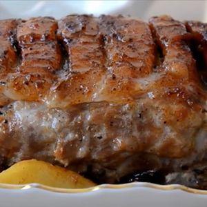Печеното месо приготвено на овој начин се топи во уста, има убава боја и коричка, а внатре е многу сочно