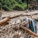 Јапонија: Најмалку 200 загинати во поплавите и свлечиштата