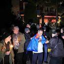 Мукоски на демонстрантите им ја отвори вратата од својата куќа