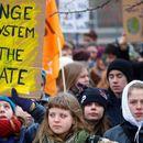 Fridays For Future до родителите: Ако ги сакате вашите деца, дајте им пример, а не авторитарност