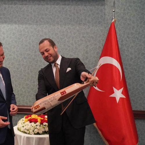 Есер Џеваир е новиот почесен конзул на С. Македонија во Турција