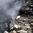 НЕИЗЛЪЧВАНИ КАДРИ: Камери заснеха падането на самолета в Пакистан