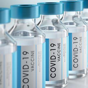Съмнителни посредници предлагат 1 млрд. несъществуващи ваксини срещу COVID-19