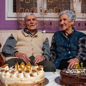 """""""Danas svega ima, a NAJMANJE ONOG KLJUČNOG"""": Vaska i Novak su u braku 72 GODINE, a tajnu skladnog odnosa opisuju kroz Njegoševe reči"""