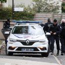 TRAŽIO OD UČENIKA DA MU POKAŽU PROFESORA Terorista iz Pariza nakon zločina OBJAVIO SLIKU ŽRTVE NA TVITERU