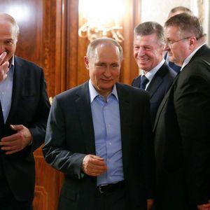Lukašenko ga gleda kao STARIJEG BRATA, ali evo zašto PUTIN NIJE POBEDNIK političke igre u Belorusiji