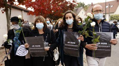 """Šarli ebdo"" pozvao Francuze na MASOVNE PROTESTE zbog brutalnog ubistva profesora"