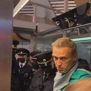 KREMLJ UPAO U ZAMKU? Navaljni je uhapšen čim je doleteo u Rusiju, ali sve se odvija upravo onako kako je on zamislio