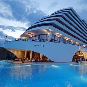 LUKSUZ JE SREDNJE IME OVOG HOTELSKOG LANCA: Dvoje dece gratis u hotelima Titanic Beach Lara i Titanic Deluxe Belek