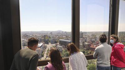 POKLONITE SEBI BEOGRAD S VISINE Nesvakidašnji pogled na srpsku prestonicu s vrha Beograđanke (FOTO, VIDEO)