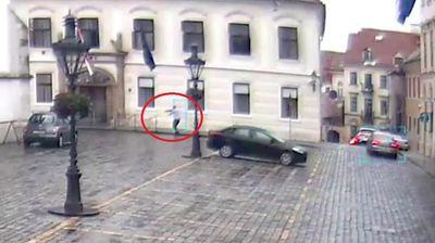 BEZUK HTEO DA UĐE U ZGRADU VLADE Otkriveni novi detalji pucnjave u Zagrebu, evo gde je Plenković bio u tom trenutku