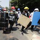 POLICIJA UBIJA DEMONSTRANTE Najmanje devetoro mrtvih na protestima u Mjanmaru