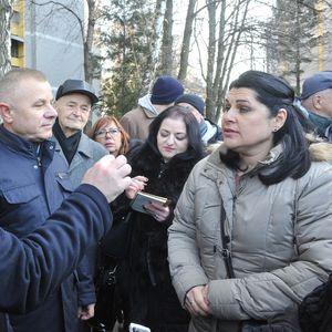 Vesić razgovarao sa građanima dela Vidikovca, počelo sređivanje fasada na šest stambenih zgrada