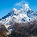 Na Mont Everest tokom pandermije popeli se SAMO KINEZI, usledilo neverovatno OTKRIĆE