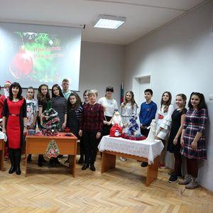 """""""Коледа в Русия и Великобритания"""" в ОУ """"Валери Петров"""""""