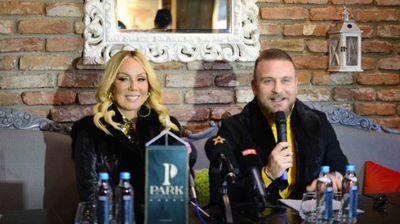 Лепа Брена во Скопје ќе пее на ист микрофон како Адел