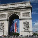 """Макрон ќе ја покаже """"европската војска"""" на парадата за Денот на падот на Бастилја"""